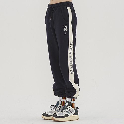 [1/29 예약발송]10th Lively Sweat Pants_Navy