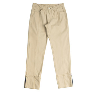 LOW CUTTING CAPRI PANTS_BEIGE